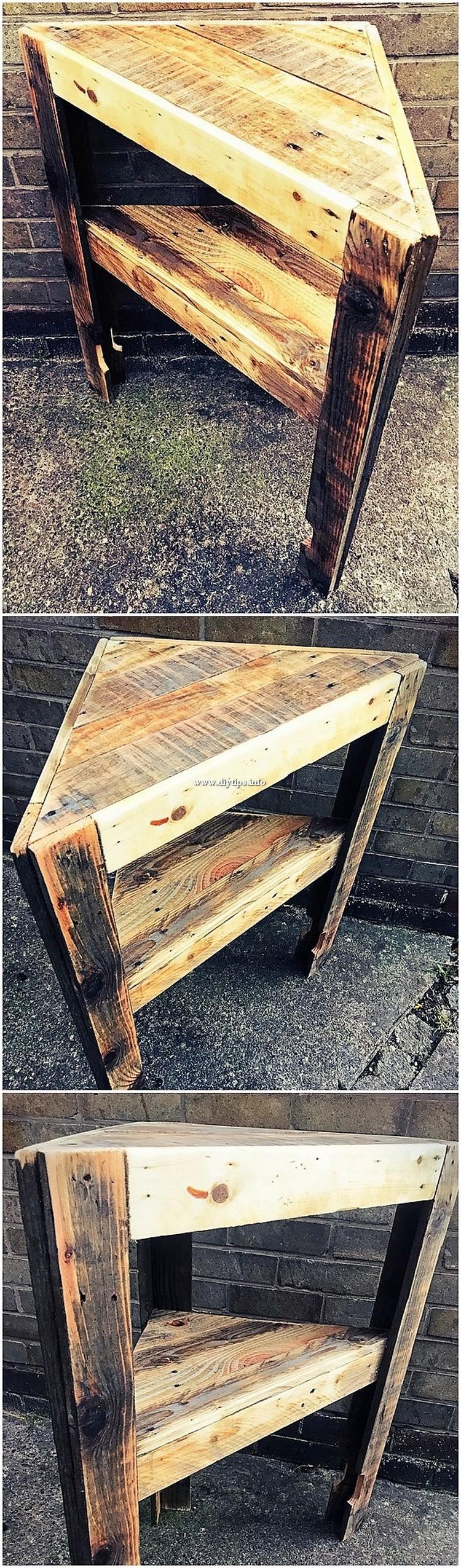 Pallet Corner Table