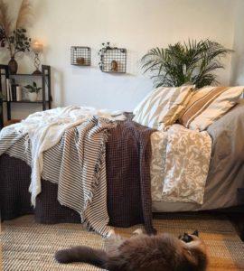 Modern Bohemian Bedroom (37)