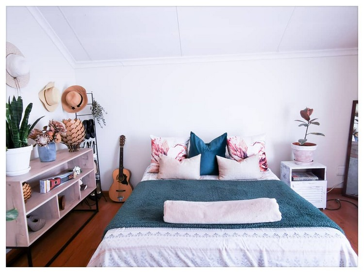 Modern Bohemian Bedroom (63)